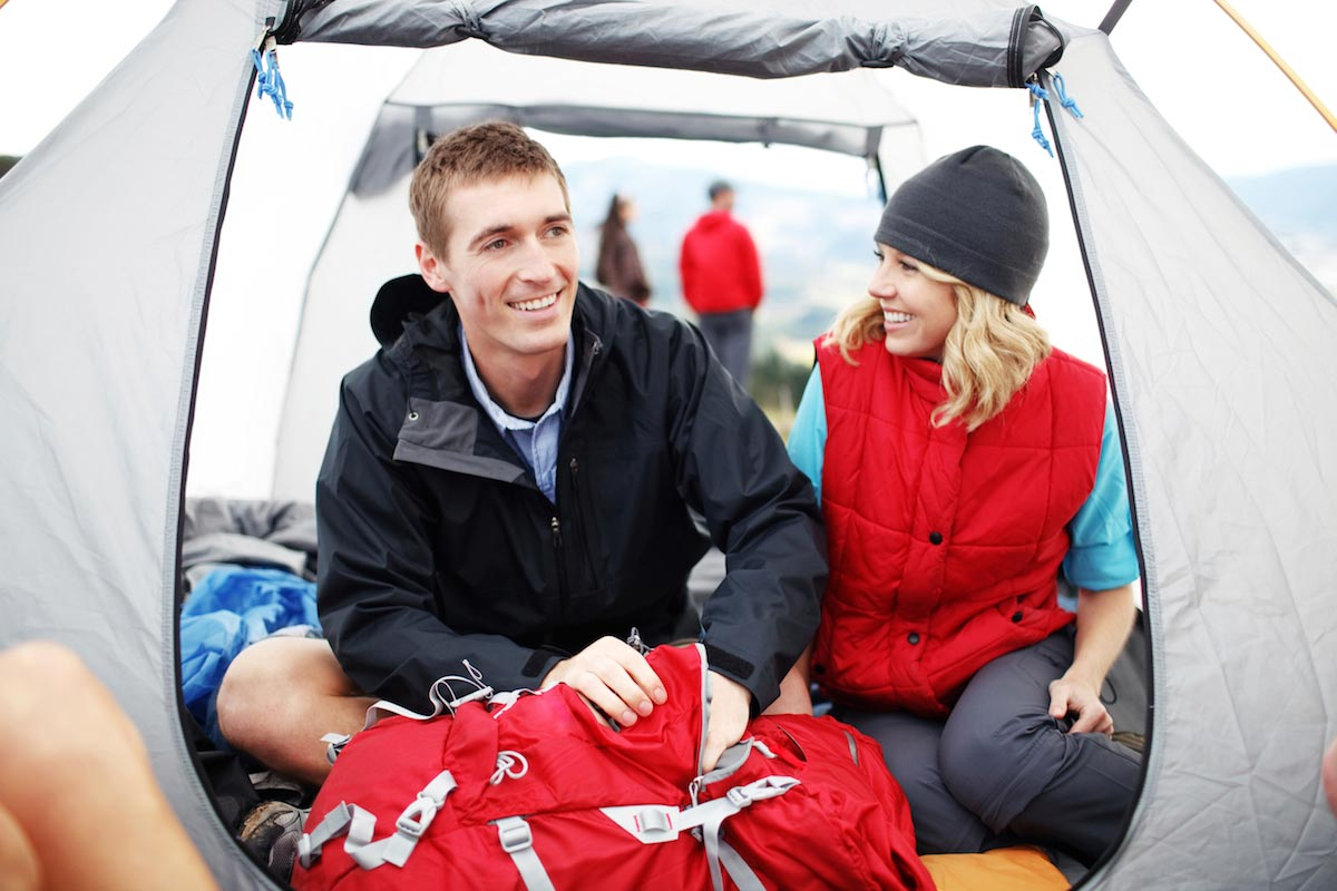 Camping-Couple-Happy-Tent-Backpack